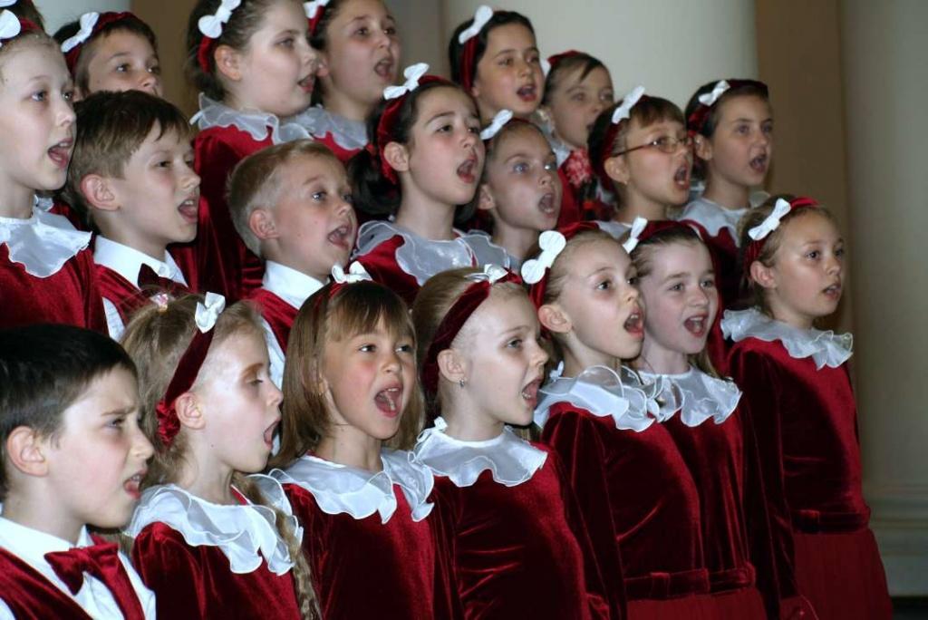 Детский хор поет картинки